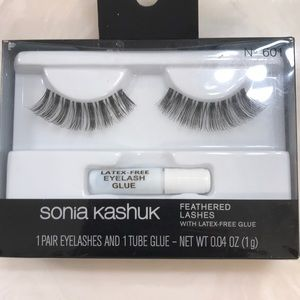 NEW Feathered Lashes